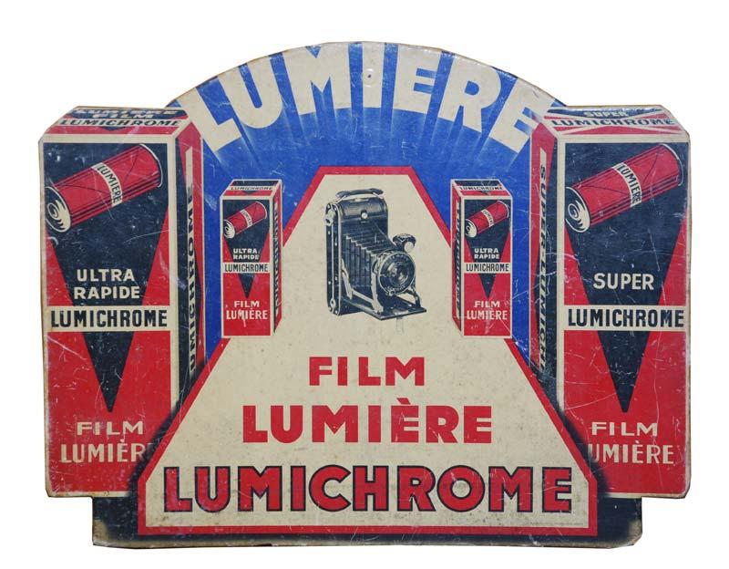 LUMIERE ! LE CINEMA INVENTE