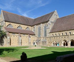 L'Abbaye Royale de L'Epau